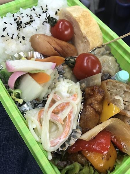 恒例の栗山選手母 手作り弁当!